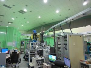 I Korea åker elektronerna åt andra hållet i ringen jämfört med i Sverige så alla strålrör går åt andra hållet.