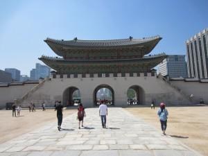 Ingång till ett palats i Seoul.